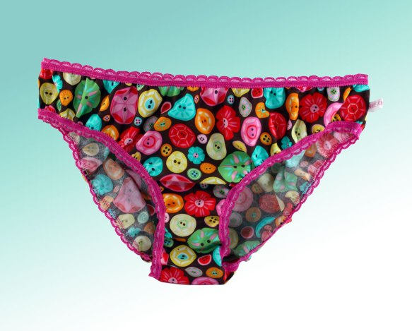 Moda Sewing Box Button knickers