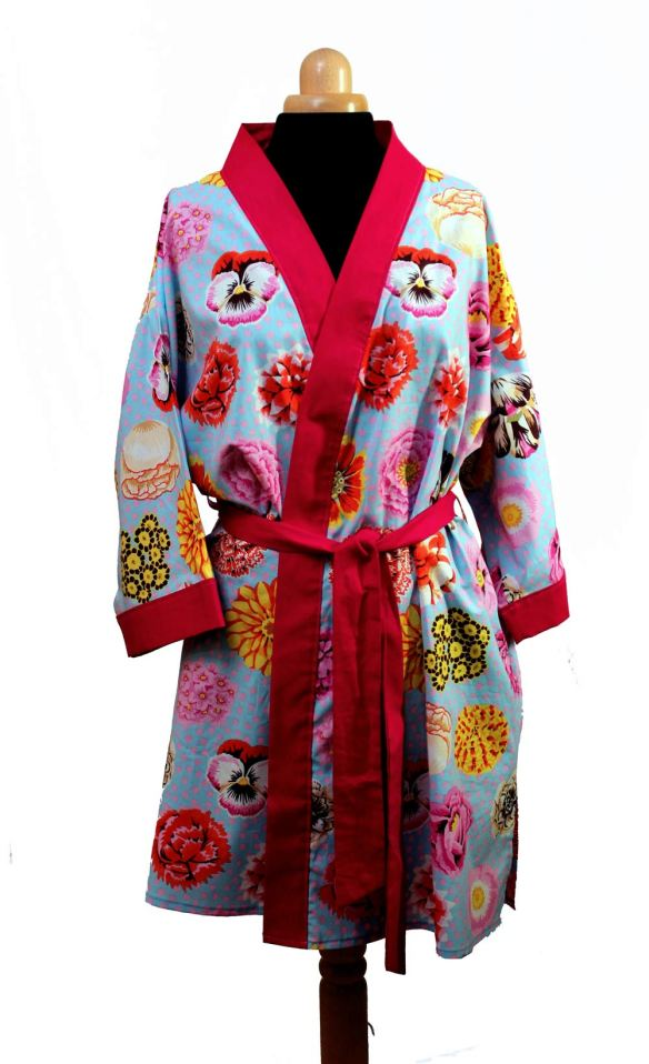 dressing-gown-big-blooms (1)